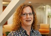 Gisela Neumann, Kunden-Dialog-Center